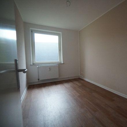Rent this 4 bed apartment on Am Landpflegeheim 44b in 22549 Hamburg, Germany