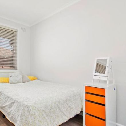 Rent this 1 bed apartment on 9/34 Rosella St