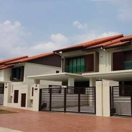 Rent this 4 bed apartment on 99 Speedmart in Jalan Medan Pusat Bandar 2C, Hulu Langat