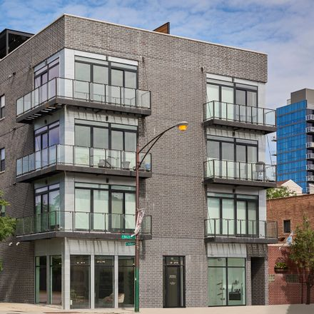 Rent this 3 bed condo on North Halsted Street in Near North Side, IL 60642