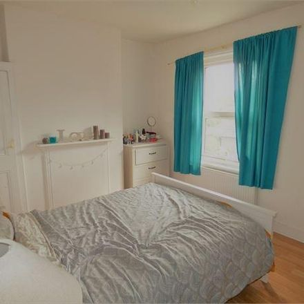 Rent this 2 bed apartment on Park Street in Southend-on-Sea SS0 7PB, United Kingdom