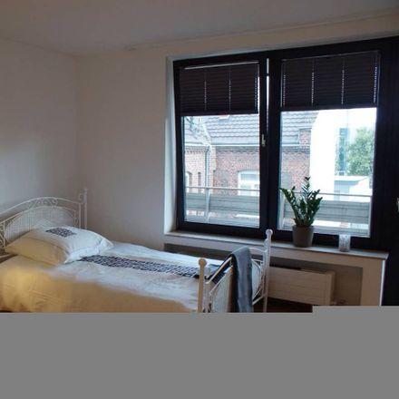 Rent this 1 bed apartment on Gladbacher Straße 15 in 40219 Dusseldorf, Germany