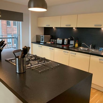 Rent this 2 bed apartment on 12 High Street in Glasgow, G1 1LX