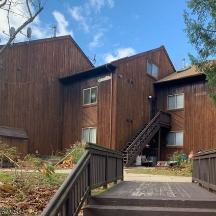 Rent this 3 bed townhouse on Vernon Xing in Vernon, NJ