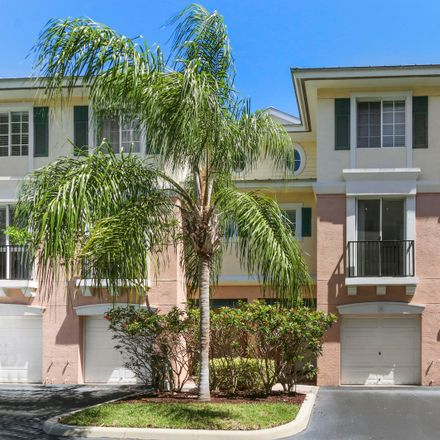 Rent this 2 bed townhouse on 260 Northeast 3rd Street in Delray Beach, FL 33444