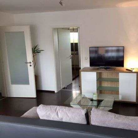 Rent this 2 bed apartment on Alte Münchner Straße 45 in 85774 Unterföhring, Germany