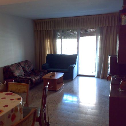 Rent this 1 bed room on Calle Pintor Salvador Dalí in 28933 Móstoles, Spain
