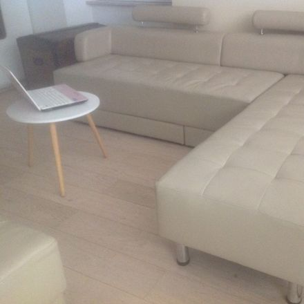 Rent this 1 bed house on Stade Alfred Depège (dit Séraucourt) in Rue Henri Sellier, 18000 Bourges