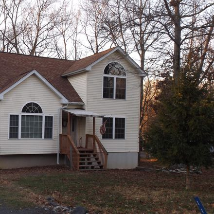 Rent this 3 bed apartment on 118 Heather Hill Rd in Dingmans Ferry, PA