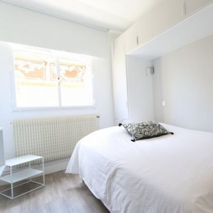 Rent this 1 bed apartment on 54 Boulevard de la Saussaye in 92200 Neuilly-sur-Seine, France