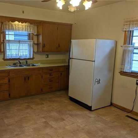 Rent this 3 bed house on 376 East Greenville Street in Chippewa Falls, WI 54729