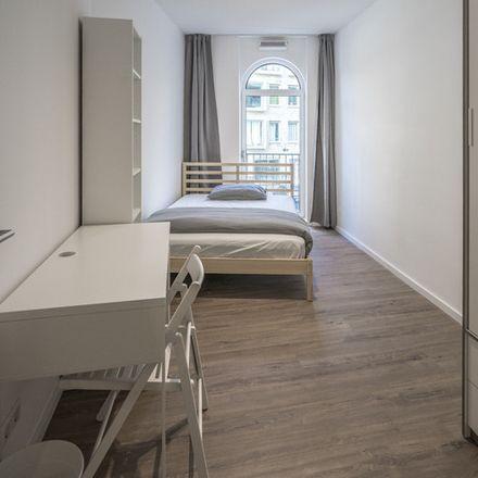 Rent this 3 bed room on Gerrit Rietveldsingel in 1112 Diemen, Países Bajos