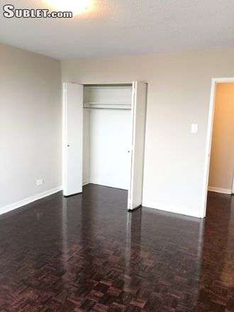 Rent this 1 bed apartment on 5501 Avenue Adalbert in Côte Saint-Luc, QC H4W 2W4