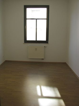 Rent this 3 bed apartment on Burgstraße 17 in 04600 Altenburg, Germany