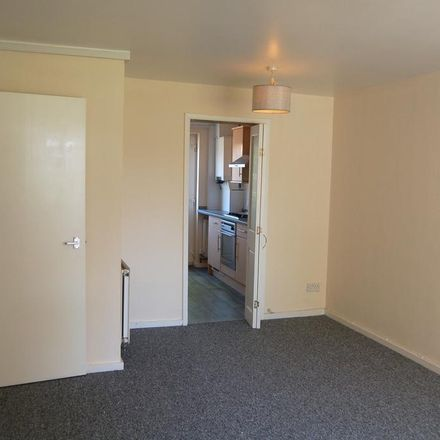 Rent this 2 bed apartment on Walsgrave Drive in Solihull B92, United Kingdom
