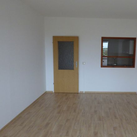 Rent this 2 bed apartment on Fellbacher Straße 34 in 01662 Meißen, Germany