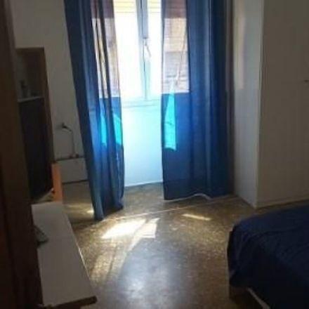 Rent this 2 bed room on Via Leonardo Bufalini in 00176 Roma RM, Italia