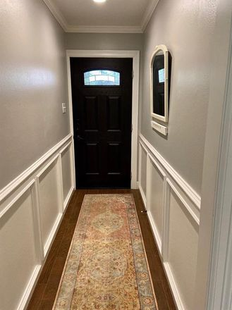 Rent this 3 bed condo on 5205 Palmetto Street in Bellaire, TX 77401
