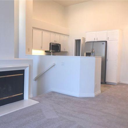 Rent this 3 bed condo on Tropea Aisle in Irvine, CA 92606