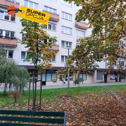 Rent this 3 bed apartment on Zespół Szkół Ogólnokształcących Sportowych nr 1 imienia Janusza Kusocińskiego in Osiedle Handlowe, 31-937 Krakow