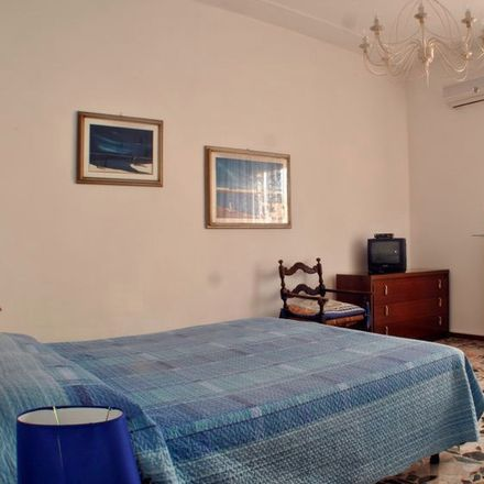 Rent this 3 bed room on Via Carlo Rognoni in 43126 Parma PR, Italia