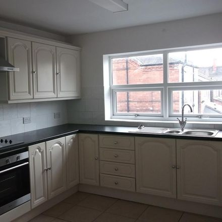 Rent this 4 bed apartment on Glorious Homes in 50 Station Road, Broxtowe NG10 5AS