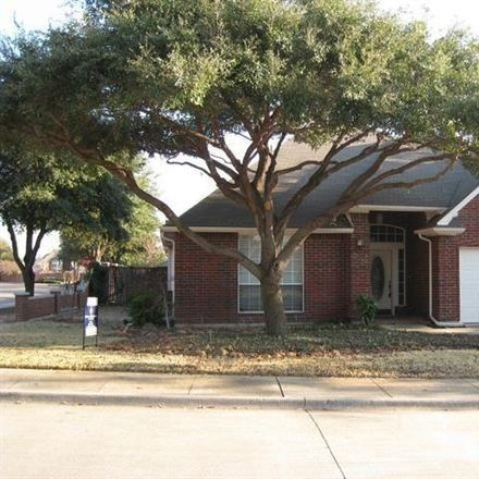Rent this 3 bed house on 3896 Weller Run Court in Addison, TX 75001