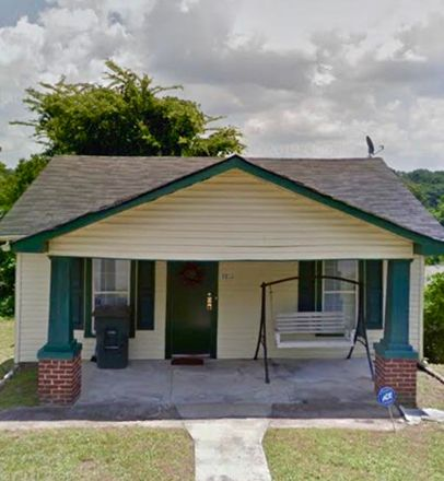 Rent this 3 bed house on 1206 Jarvis Avenue in Chattanooga, TN 37411