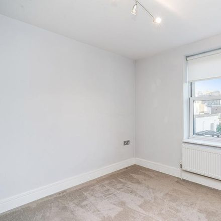 Rent this 1 bed apartment on Gloucester Road in London W3 8NP, United Kingdom