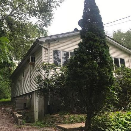 Rent this 3 bed apartment on 17 Cedar Trl in Monroe, NY