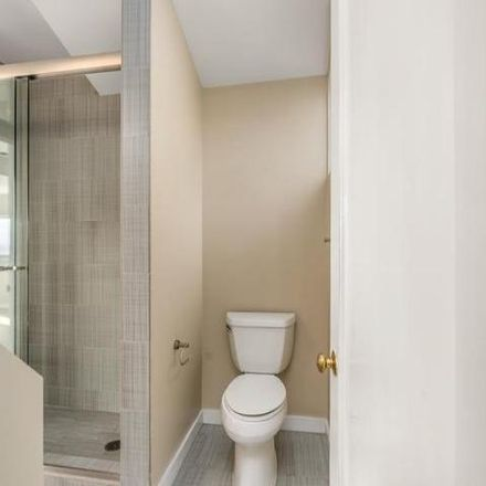 Rent this 2 bed condo on 952;954 Rhode Island Street in San Francisco, CA 90103