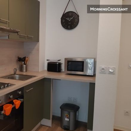 Rent this 1 bed apartment on 108 Avenue Saint-Lambert in 06106 Nice, France