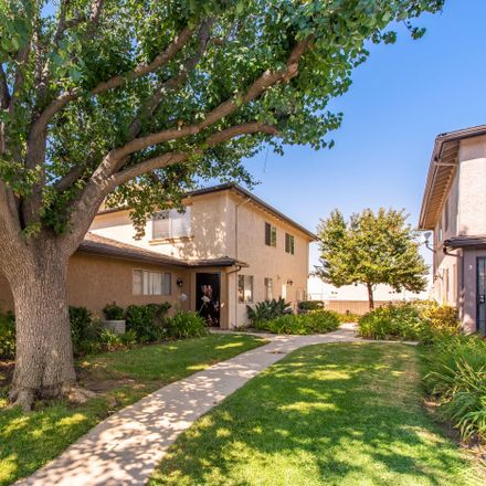 Rent this 2 bed condo on 2041 Calle la Sombra in White Oak, Simi Valley