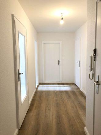Rent this 3 bed apartment on Langemarckstraße 131-133 in 28199 Bremen, Germany