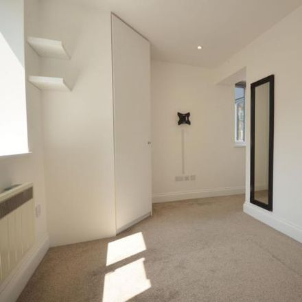 Rent this 2 bed apartment on Aylesbury Crown Court in Viridian Square, Aylesbury HP21 7FY
