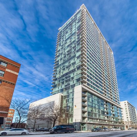 Rent this 2 bed loft on South Michigan Avenue in Chicago, IL 60616