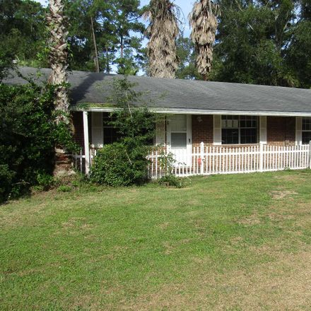Rent this 3 bed house on Emerson Rd in Lake City, FL