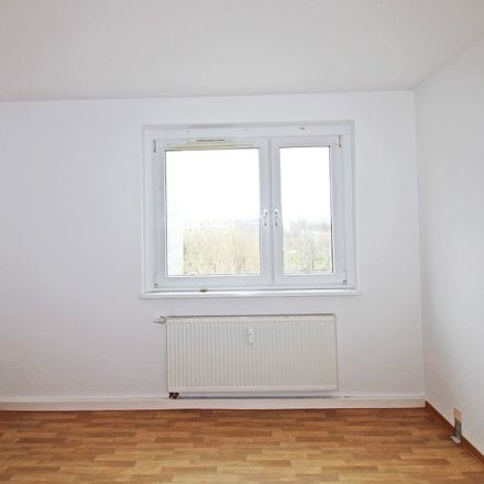 Rent this 3 bed apartment on Karl-Reimann-Ring 46 in 99087 Erfurt, Germany