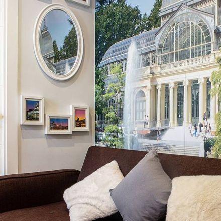 Rent this 1 bed apartment on Real Colegio Santa Isabel-La Asunción in Calle del Doctor Fourquet, 28001 Madrid