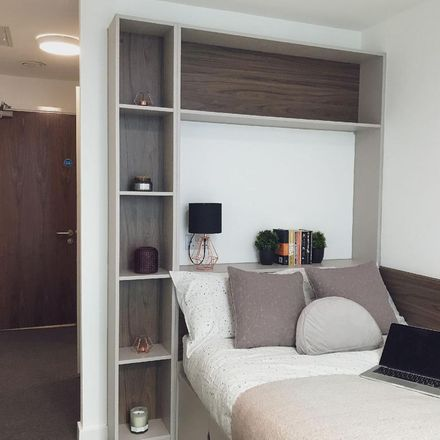 Rent this 6 bed room on Hampton Court in George Road, Birmingham B15 1PU