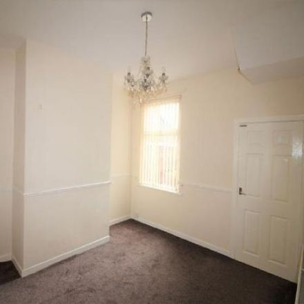 Rent this 3 bed house on Chapel Street in St Helens WA10 2BG, United Kingdom