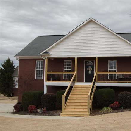 Rent this 3 bed house on 9135 Mark Ryan Drive in Kimberly, AL 35091