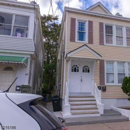 Rent this 3 bed townhouse on Kulick St in Clifton, NJ