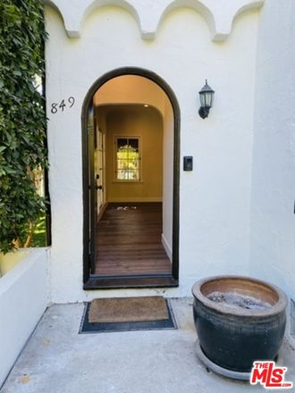 Rent this 2 bed apartment on W Hollywood Blvd in Los Angeles, CA
