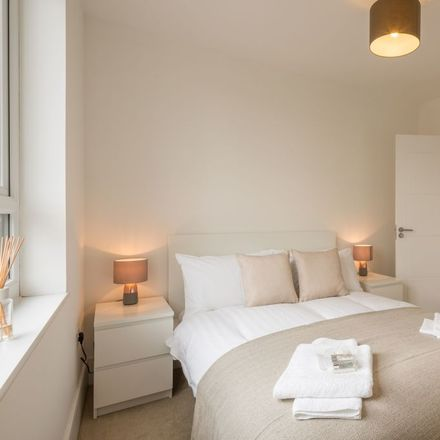 Rent this 2 bed apartment on Claud Hamilton Way in East Hertfordshire SG14 1SR, United Kingdom