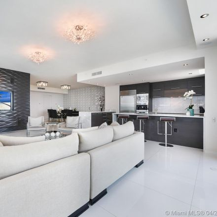 Rent this 3 bed condo on 900 Biscayne Boulevard in Miami, FL 33132