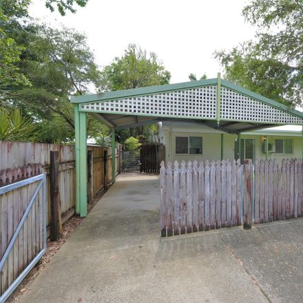 Rent this 4 bed house on 16 Pera Street