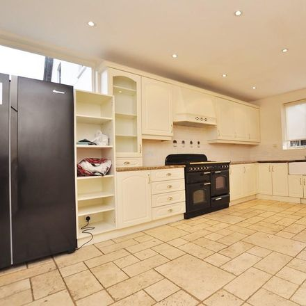 Rent this 6 bed house on Holmesdale Close in Guildford GU1 2TP, United Kingdom