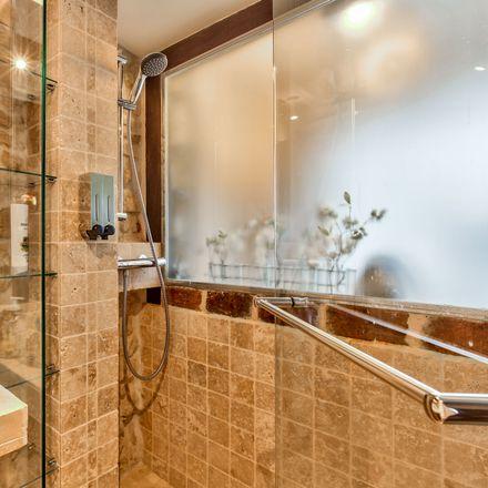 Rent this 0 bed apartment on 66 Rue de Rivoli in 75004 Paris, Francia