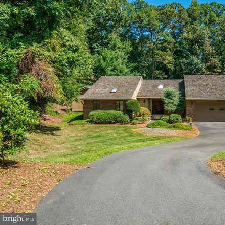 Rent this 4 bed house on 1000 Galium Ct in McLean, VA
